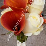 Buchet_cale_portocali_si_trandafiri_albi
