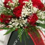Buchet_trandafiri_rosii
